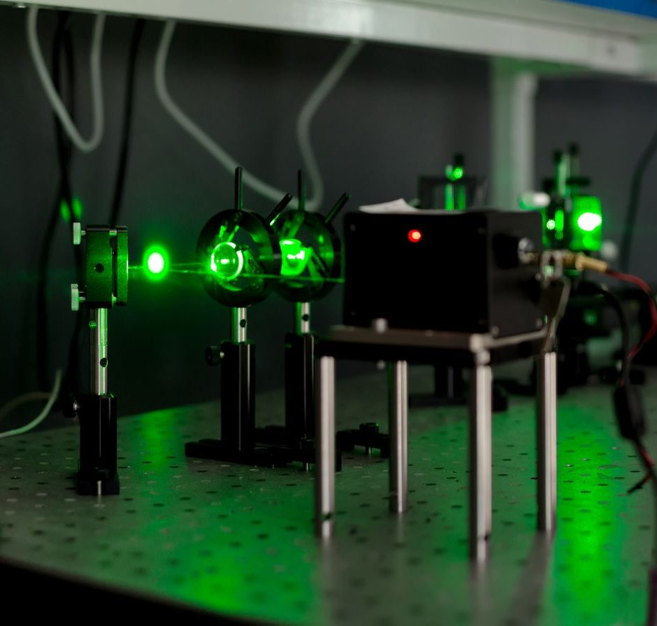 nanosecond pulsed laser